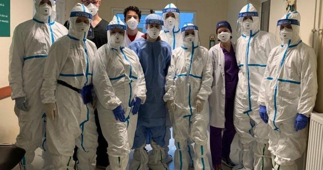 20 de studenți ai Universității de Medicină și Farmacie din Timișoara sunt voluntari în Spitalul Victor Babeș