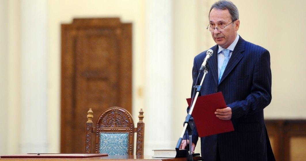 CCR: Coruptia NU ucide si nu e o amenintare la securitatea nationala