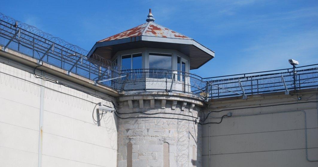 Detinutii Penitenciarului Arad lucreaza si au adus institutiei 1,4 milioane euro profit. La ce vor fi folositi banii?