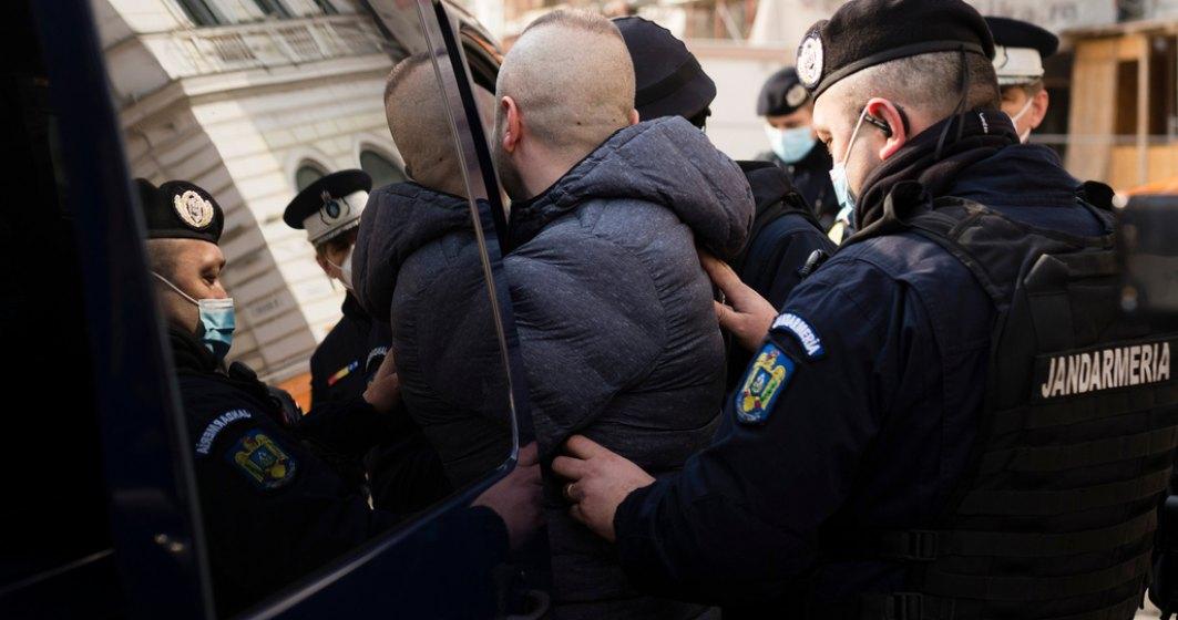 DNA: 15 agenți și ofițeri ai Poliției Botoșani, anchetați pentru luare de mită