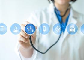 """Cum ne poate """"salva"""" o asigurare de sănătate privată?"""