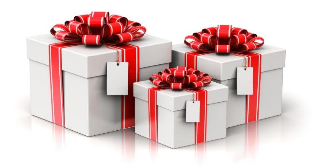 De ce nu ar mai trebui sa trimitem cadouri business de Craciun?