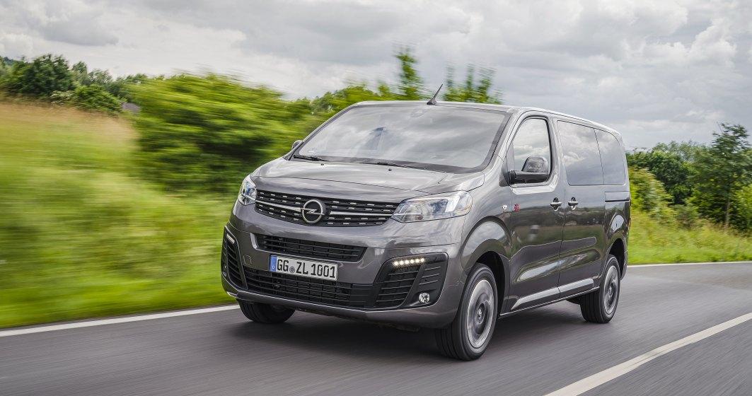 Test cu a 4-a generatie Opel Zafira pe sosele germane si pe circuitul ADAC. Acum are 9 locuri si un nou sitem 4x4