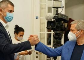 NEWS ALERT: Guvernul Cioloș a fost respins în Parlament