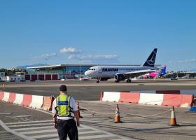 Surse G4Media: Pilotul unei aeronave Tarom a intrat în stop cardio-respirator