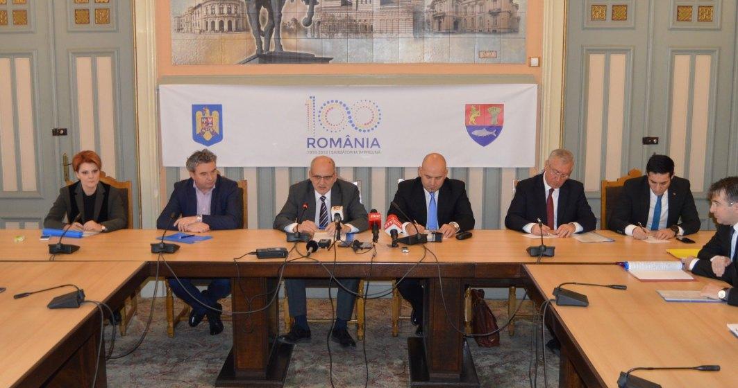 Primele 3 contracte pentru realizarea drumului expres Craiova-Pitesti au fost semnate