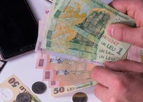 Patronii cer să nu fie crescute salariile până în anul 2022, fiindcă bugetele...