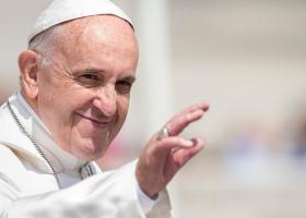 VIDEO Papa Francisc, la prima apariţie la Vatican după externare