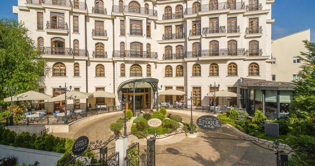 Hotelier: Statul nu face decât să întârzie falimentul
