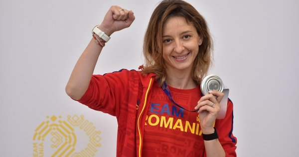 Consilierul care a jignit-o pe Ana Maria Popescu fiindcă nu a dat mâna cu...