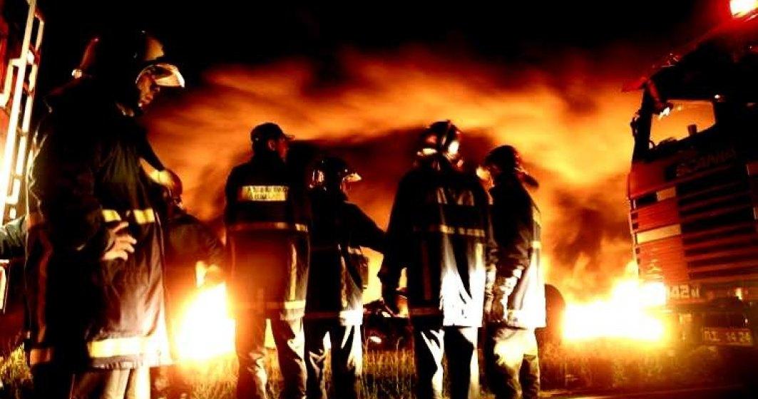 IGSU: 77 de incendii au avut loc zilnic. Peste 200 de persoane, printre care si opt copii, au murit si aproape 500 au fost ranite