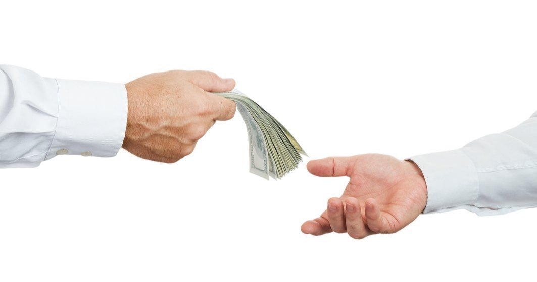 STUDIU: 73% dintre românii de acasă subestimează valoarea banilor trimiși de diaspora