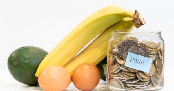 Cum a reușit un student să nu plătească pentru mâncare și să economisească bani