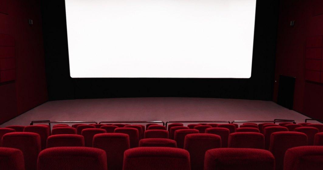 Ce fac cinematografele pentru a evita răspândirea coronavirus: se vând bilete cu SPAȚII LIBERE între scaune și rânduri