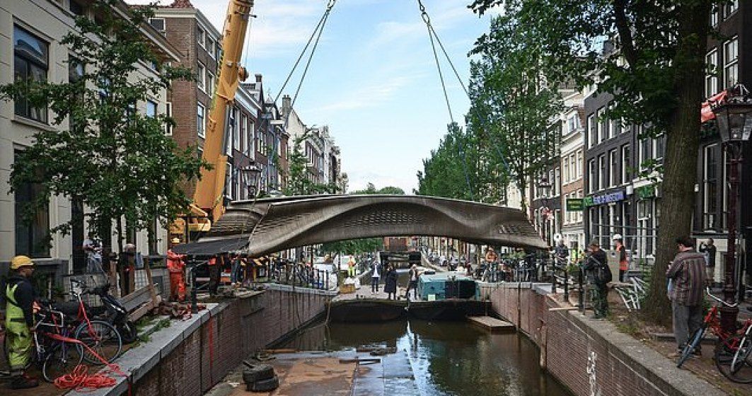 VIDEO   A fost inaugurat primul pod din lume imprimat 3D