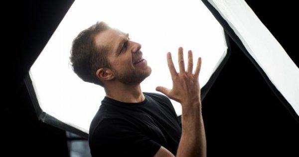 Lari Giorgescu, actorul care a intrat la Facultatea de Teatru recitându-l pe...