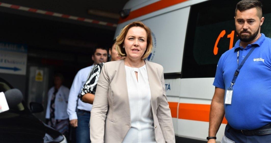 Carmen Dan, dupa interventia brutala a Jandarmeriei in Piata Victoriei: Nu am ce sa-mi reprosez. Am facut ce trebuia sa faca un ministru responsabil.
