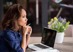 Studiu: Egalitatea de șanse la locul de muncă este în scădere. Cum poate...