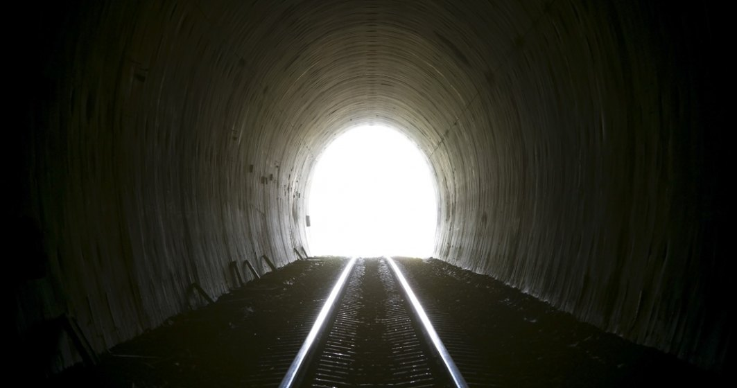 """Începem să vedem luminița de la capătul tunelului """"COVID-19""""?"""