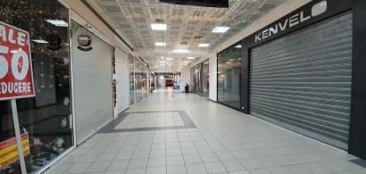 Declinul mall-ului Unirea: Magazine închise și spații complet goale. Ce se...