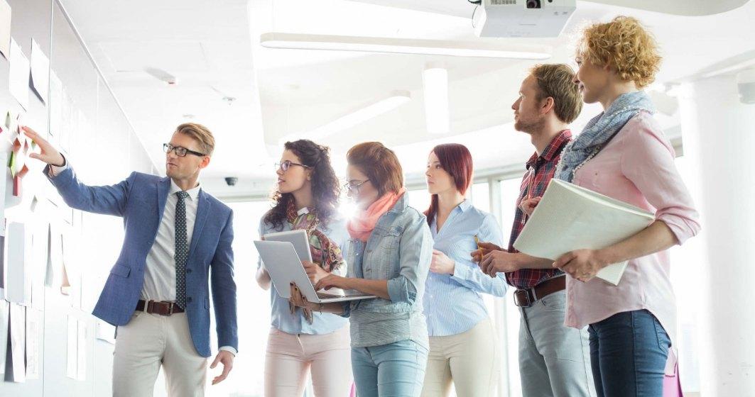 Ce poate invata sistemul public, de la mediul privat, despre motivarea angajatilor