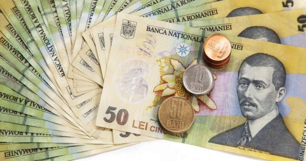 Leul se devalorizeaza pana la un nivel minim al ultimelor sase luni, de 4,53 lei/euro, in contrast cu tendinta regionala