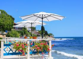 Atenţionare MAE pentru turiști: Caniculă şi risc de incendii în Grecia