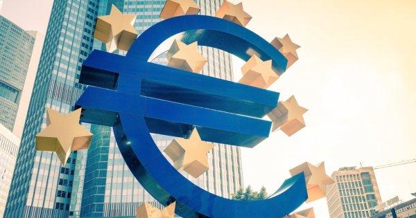 BCE ar putea ridica în următoarele luni interdicţia plăţii dividendelor,...