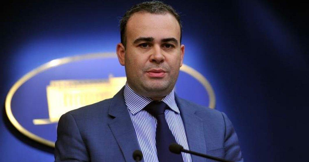 Darius Valcov a fost numit consilier de stat in aparatul de lucru al premierului Dancila