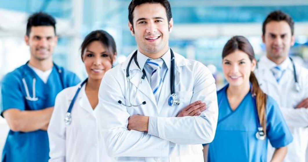 Cat castiga medicii in privat: iata specializarile in care salariul de debut depaseste 1.000 de euro