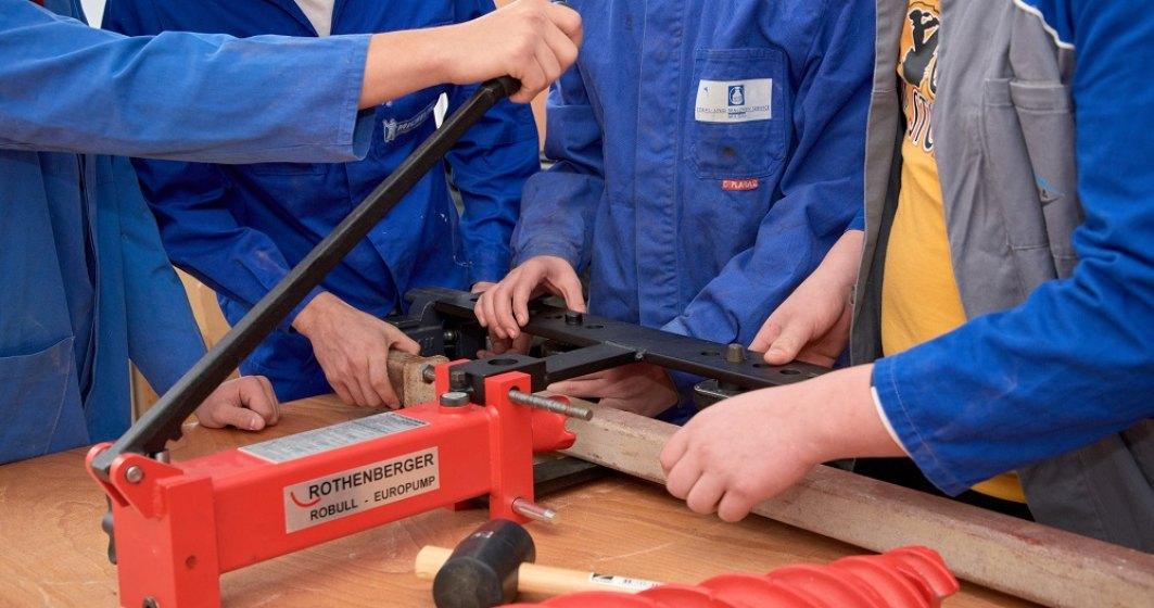 Programul de învățământ dual la Michelin. Ce calificări profesionale pot obține elevii care participă