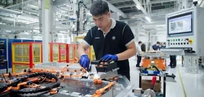 BMW dublează capacitatea de producţie a bateriilor pentru mașini electrice în...