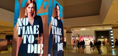 Românii au făcut coadă la No Time to Die, cel mai recent film cu James Bond