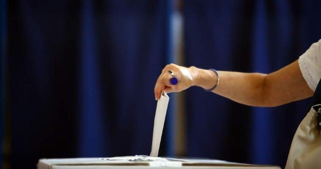 Organizarea referendumului, pusa in pericol in mai multe judete. Sute de presedinti de sectii de votare au cerut retragerea