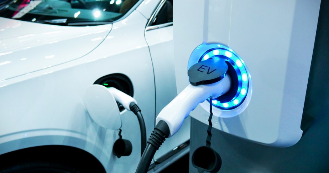Un administrator de benzinarii va construi cea mai mare retea de statii de incarcare masini electrice, in Olanda