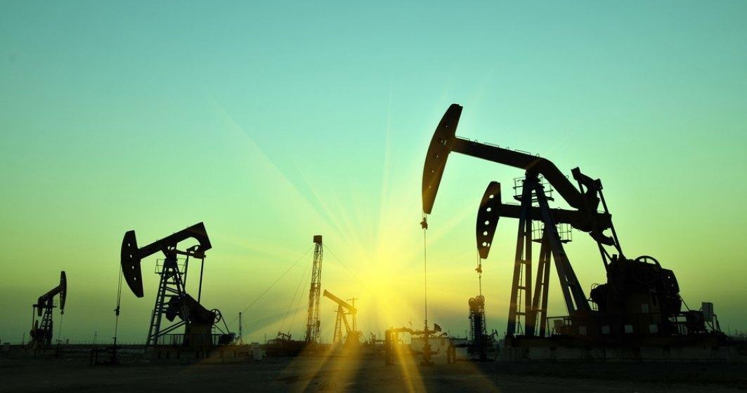 Prețul țițeiului a scăzut puternic, după ce țările OPEC+ au anunțat majorarea producției
