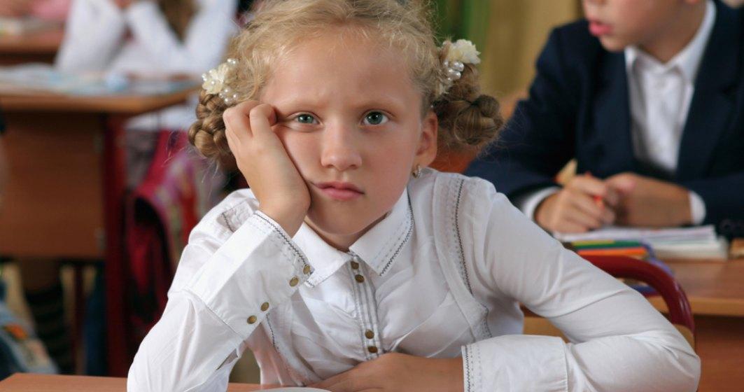 Saracia alunga copiii din scoli: Abandonul scolar, o problema majora