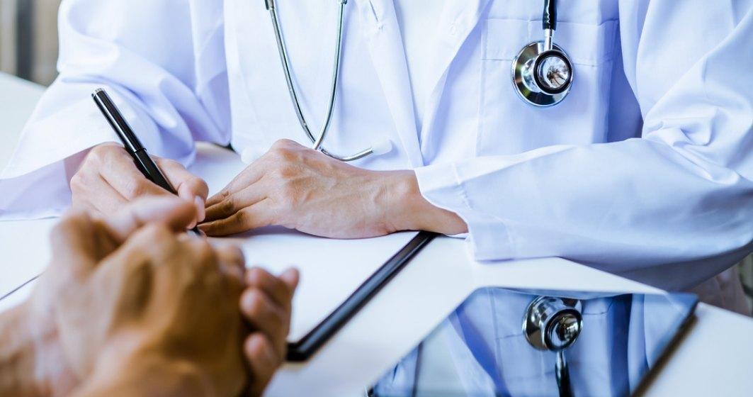 Peste 3.000 de medici de familie din toată țara vor începe să vaccineze în cabinetele proprii