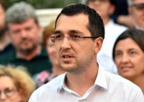Vlad Voiculescu: Unde este raportul după incendiul de la Piatra Neamţ? Dar...