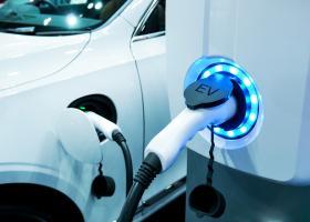 Trei prototipuri de mașini electrice, lansate de compania care asamblează...