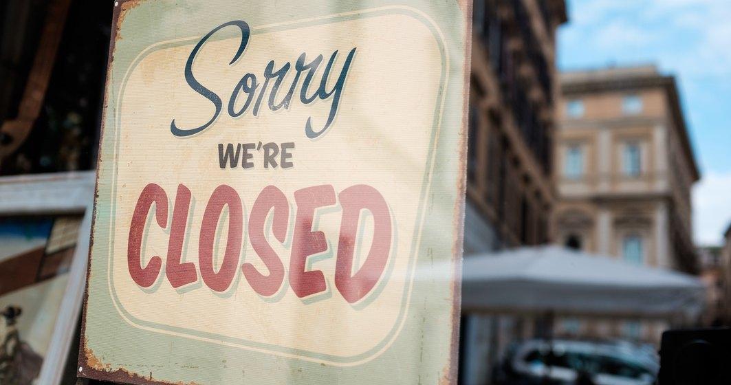 Terasele și restaurantele își SUSPENDĂ activitatea