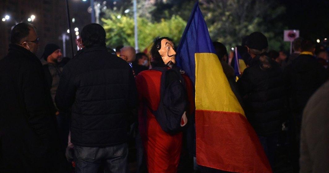 Sindicatele protestează la Ministerul Muncii și cer salariu minim pe economie de 2.400 de lei brut