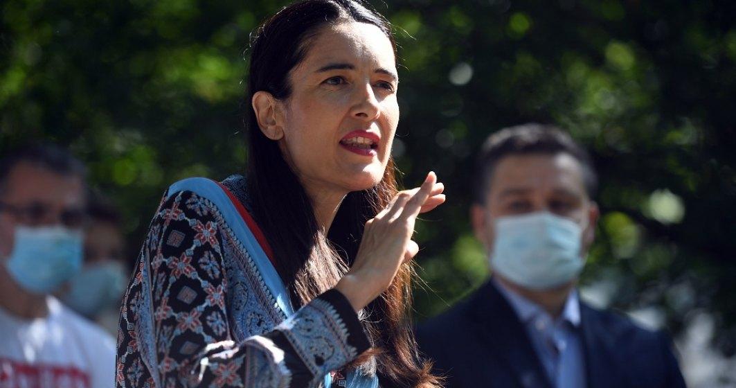 Sectorul 1, sufocat de gunoaie: Clotilde acuză consilierii PNL și PSD că boicotează rezolvarea problemei