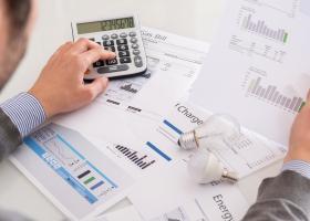 Consumatorii vulnerabili şi-ar putea amâna cu şase luni plata facturilor la...
