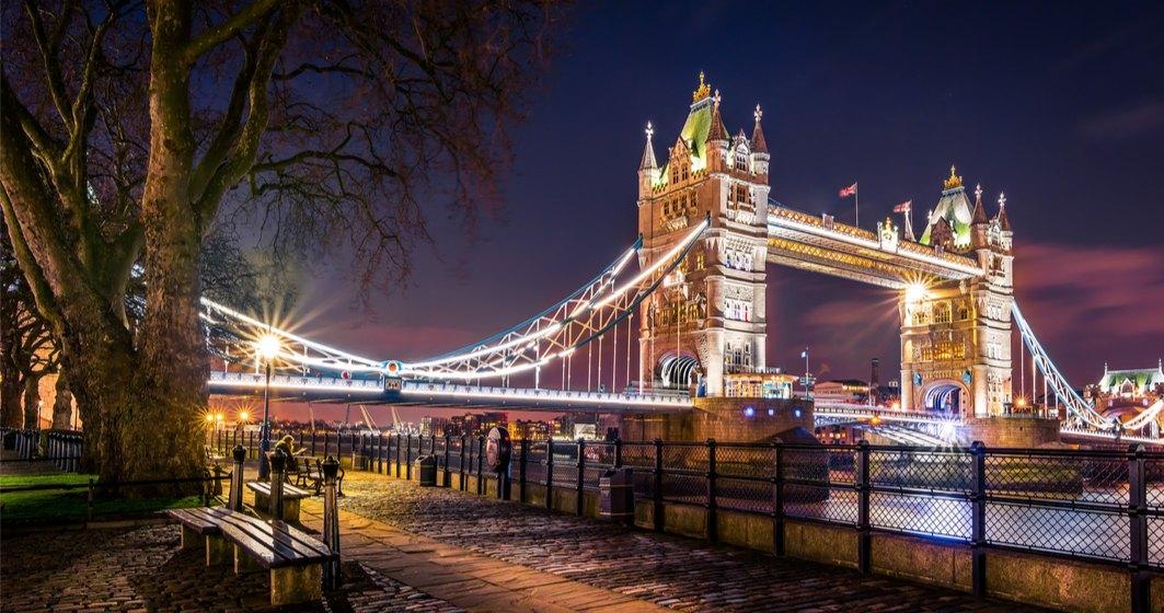 COVID-19 | Primarul Londrei solicită obligativitatea purtării măștilor de protecție