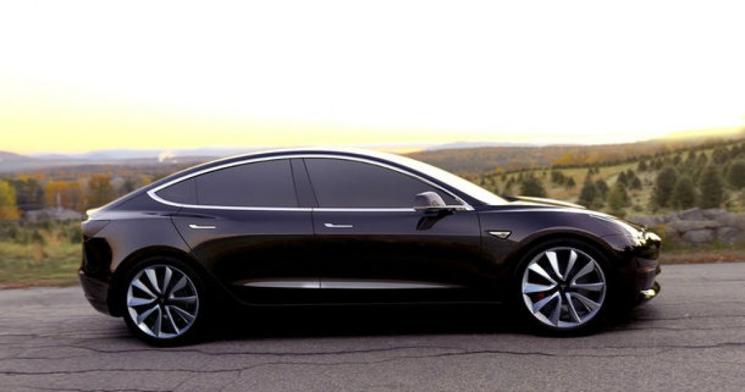 Tesla a livrat peste 100.000 de masini in 2017, dar productia lui Model 3 este inca sub asteptari: doar 1.550 de unitati furnizate in 3 luni