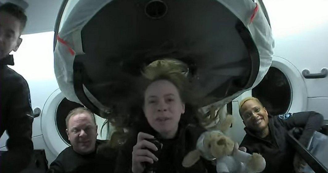SpaceX: Cei patru pasageri civili au revenit pe Terra după trei zile în spaţiu