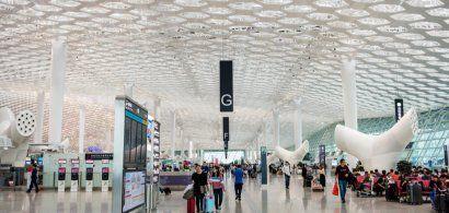 Sute de zboruri anulate pe un aeroport din China, după depistarea unui...