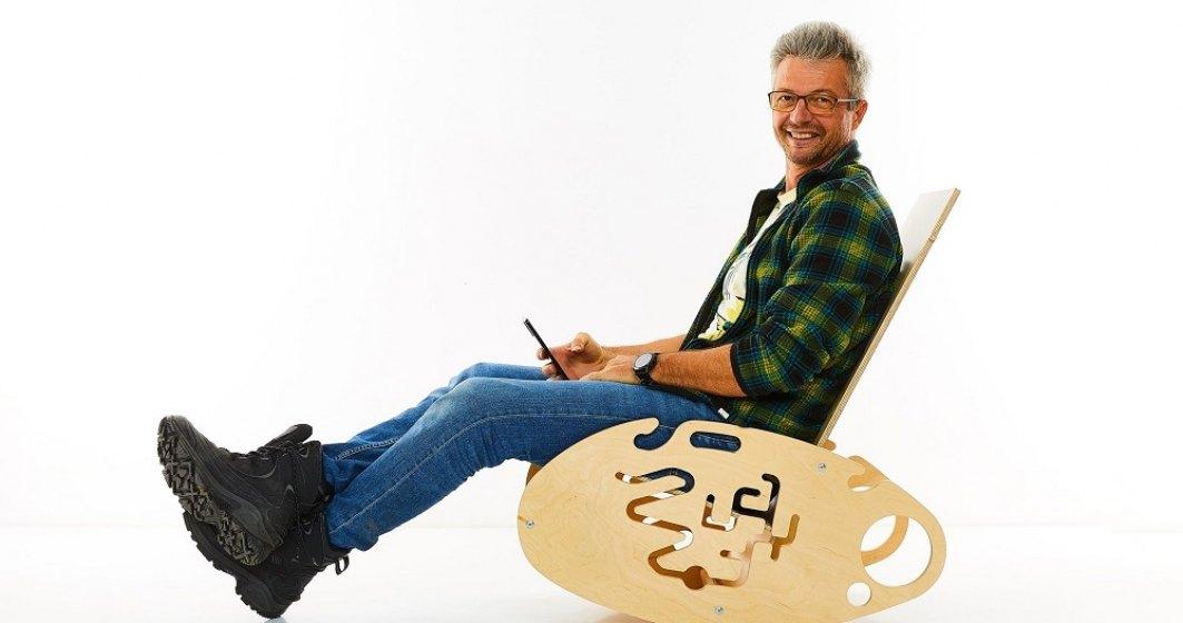 Cum se poate transforma masa în balansoar și tobogan. Povestea companiei care creează mobiliere multifuncționale pentru copii