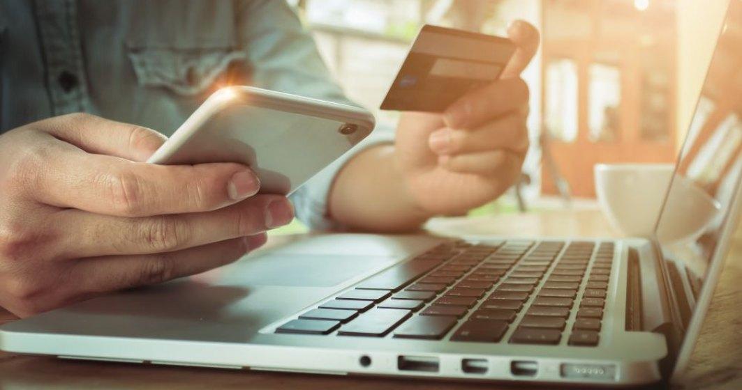 Raport PwC: Adio cash, volumul tranzacțiilor digitale se va tripla până în 2030
